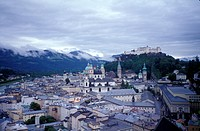 Austria, Salzburg, Panorama, cityscape with mountain in background