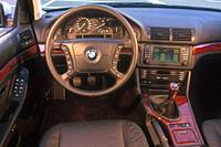 Car, BMW 525i Touring, hatchback, upper middle_sized , model year 2000_, silver, interior view, Interior view, Cockpit, technique/accessory, accessori...