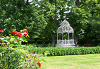 Austria, Styria, Graz, Palace Mountain, Brunnenlaube, View of gazebo in park
