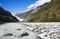 New Zealand, South Island, View of westland national park with peter´s pool and franz josef glacier