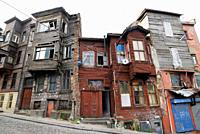 Istanbul  Turkey  Dilapidated Ottoman era wooden buildings in the Suleymaniye district