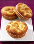 Cream tartlets à la catalane
