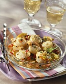 Pan_fried scallops in white wine with lime and tomatoes