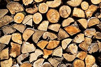 USA, Vermont, stack of firewood