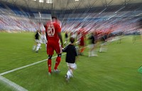 Teams walking on to the pitch, Liga total Cup 2010, League total Cup, match for third place between Hamburger SV and FC Koeln, end result Hamburg 3, C...