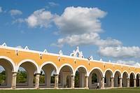 Mexico, Yucatan, Izamal, Convento de San Antonio de Padua, built 1533_1561
