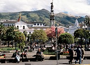 Ecuador, Quito, Plaza de la Independencia.