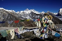 Prayer flags in front of the Everest massif from Gokyo Ri, Khumbu, Sagarmatha National Park, Nepal, Asia