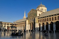 Courtyard of the Umayyad Mosque at Damascus, Unesco World Heritage Site, Syria, Middle East, West Asia