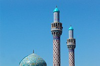 Minaret of an iranian mosque in the sunlight, Jumeirah, Dubai, UAE, United Arab Emirates, Middle East, Asia