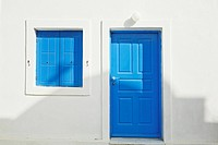 House with blue shutters and door, Oia, Santorini, Cyclades, Greece, Europe