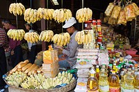 Stall selling bananas, Old Market, Psar Chas, Siem Reap, Cambodia, Indochina, Southeast Asia, Asia