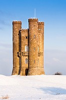 Broadway tower in winter snow in the Cotswolds, Gloucestershire  UK