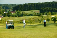 Golfers, golf course, Pleiskirchen, Altoetting, Upper Bavaria, Bavaria, Germany, Europe