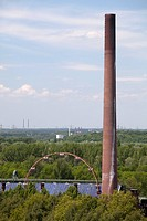Chimney, sun wheel, solar power plant, Kokerei Zollverein coking plant, UNESCO World Heritage Site, Essen, Ruhrgebiet region, North Rhine_Westphalia, ...