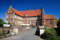 Huelshoff Castle, Havixbeck, Muensterland, North Rhine-Westphalia, Germany, Europe