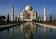 The Taj Mahal sometimes called ´the Taj´ was built by Emperor Shah Jahan in memory of his wife Mumtaz Mahal and is amongst the new 7 wonders of the wo...