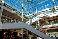 Pioneer Place shopping mall, Portland, Oregon, USA