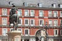 Felipe III statue and Apartments, Plaza Mayor, Madrid, Spain