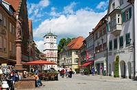 Pedestrian zone with Ravensburger Tor gate in Wangen im Allgaeu, Upper Swabia, Allgaeu, Baden-Wuerttemberg, Germany, Europe