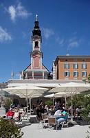 Austria, Salzburg, Residence Square, cafe in the square...