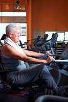 Seniors at the fitness studio