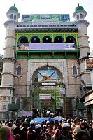 Front side and entrance to the Dargah Sharif, Holy Dargah, Mosque complex with the grave of Khwaja Muinud-din Chishti, a Muslim Sufi saint, historic t...