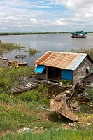 Floating village  Tonle Sap Lake  Near Siem Reap  Cambodia  Southeast Asia  Indochina