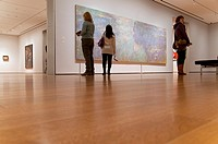 Water Lilies, 1914-26, by Claude Monet, Oil on canvas, 6' 6 1/2' x 19' 7 1/2' 199 5 x 599 cm, MOMA, Museum of Modern Art, New York City