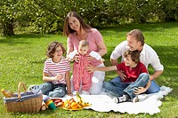 Germany, Bavaria, Family having picnic