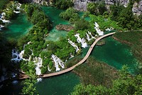 Europe, Croatia, Jezera, View of kaluderovac boardwalk at plitvice lakes national park