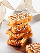 French ´pepper nut´ biscuits decorated with icing sugar
