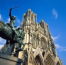 Notre-Dame gothic cathedral, 13th Century, Joan of Arc equestrian statue, Reims, Champagne, France