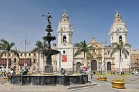Peru, Lima, Plaza de Armas, Fountain