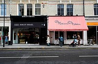 Birgit Israel and Maison Blanc shops on the Fulham Road at Fulham ´Beach´, London, UK