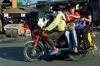 PUBLIC TRANSPORT, PHILIPPINES. Manila. Motorbikes often with sidecars provide a cheap taxi service around town. .