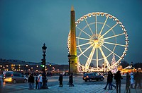 Ferris wheel in Place de la Concorde at night, Paris, France