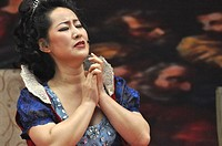 Seoul (South Korea): singer of the Kiwon Opera Company playing 'Tosca'