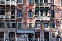 Old apartment near Grand Canal in Venice, Venice Port, Venetian Lagoon, Italy, Europe