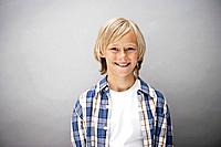 Portrait of blond boy 7_9