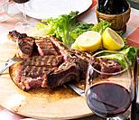 Red wine and Florentine steak