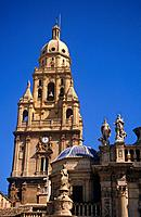 The Mediterranean Gothic Cathedral de Santa Maria has a bell tower which is made of five separate tiers added at various times during the 16th and 17t...