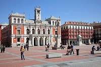 Spain, Castilla Leon, Valladolid, Plaza Mayor, City Hall, people.