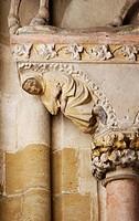 Innere Westwand: Konsole unter der Reiterfigur St. Martin