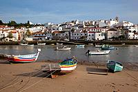 Portugal, Algarve, Ferragudo, Village & Boats on the Beach
