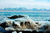 Icy lake and mountains in Tibet