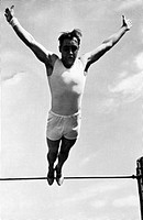 sports, Olympic Games 1936, Berlin, gymnastics, world champion Ernst Winter Germany, final jump from the horizontal bar,