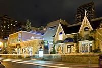 Night scene, Yorkville Avenue, Toronto, Ontario