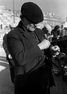 events, Second World War / WWII, France, German occupation, Marseille, December 1942, fisherman at the harbour, half length,