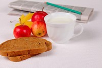 Bread with milk and apples